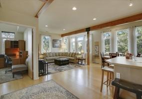 940 Kimbark, Longmont, Colorado, United States 80501, 2 Bedrooms Bedrooms, ,2 BathroomsBathrooms,Condo,Furnished,Kimbark Corner,Kimbark,1061