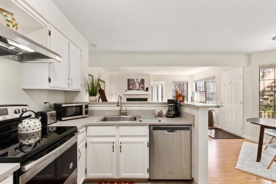 4763 White Rock Cir #D, Boulder, Colorado 80301, 1 Bedroom Bedrooms, ,1 BathroomBathrooms,Condo,Furnished,White Rock Cir #D,1076