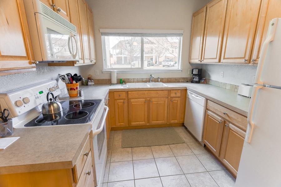 4745 Hahns Peak Dr., #102, Loveland, Colorado 80538, 2 Bedrooms Bedrooms, ,2 BathroomsBathrooms,Condo,Furnished,Hahns Peak,1035